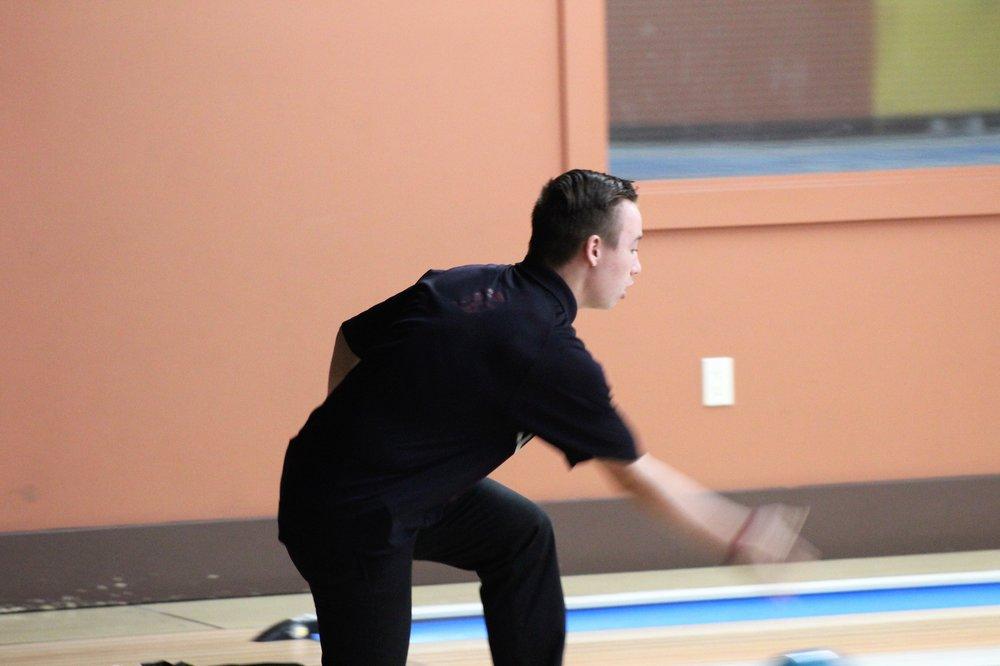 bowling_3.jpg