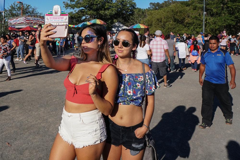 selfie-fair-5-02854.jpg
