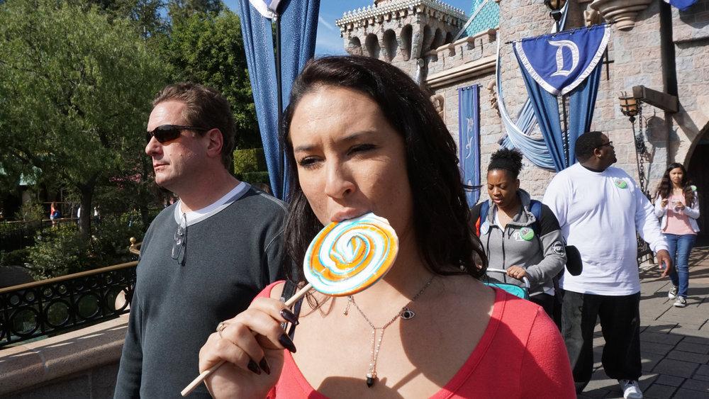 U-Disney-lollipop-3b-03402.jpg