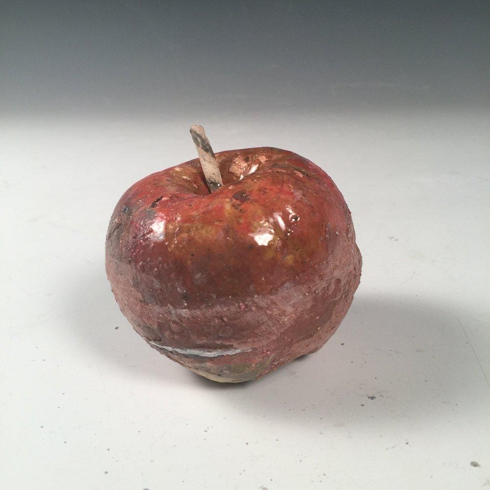 R_Del Rosario_Apple 2.1.JPG