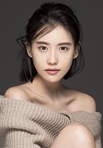 Shi Yufei 施予斐 as Yue Sisi 岳思思