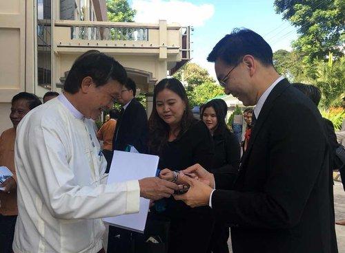 MIH+visits+Mandalay_171011_0008.jpg