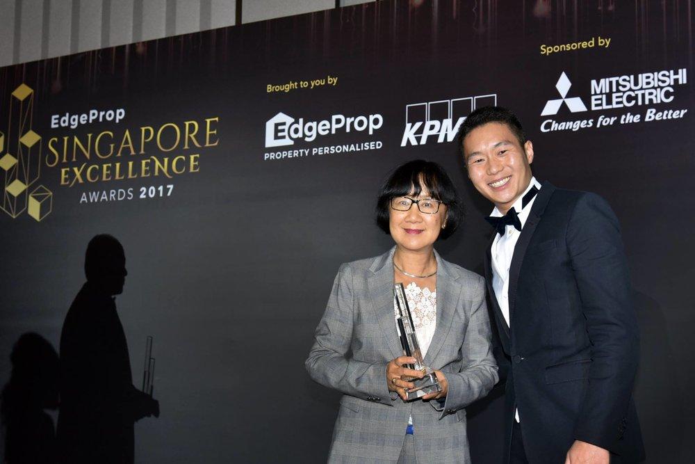 Award-Photo6.jpg