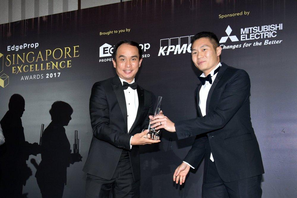 Award-Photo7.jpg