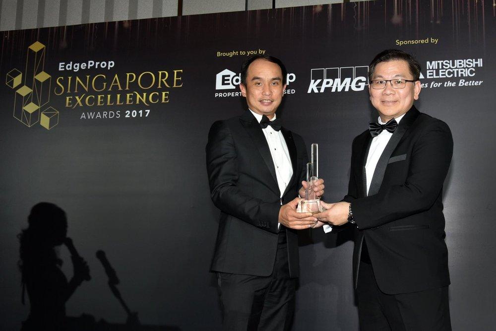 Award-Photo10.jpg