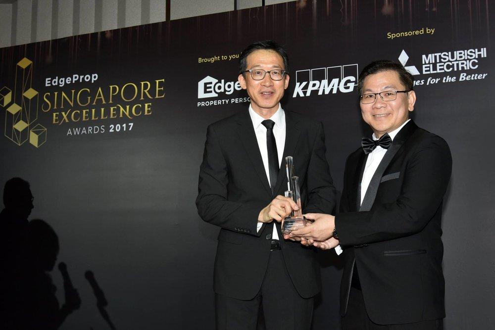 Award-Photo12.jpg