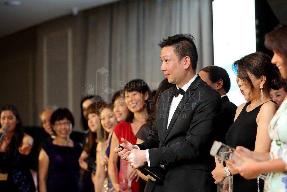Award-Photo30.jpg