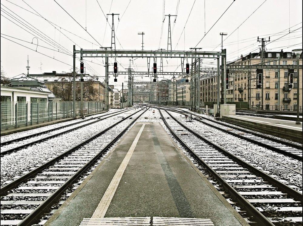 platform-933174_1920.jpg