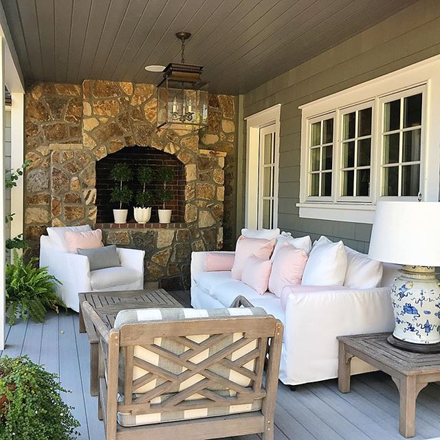 A perfect Sunday spot complete with outdoor upholstery and a huge ginger jar lamp @leeindustries @thelarkdenver @ballarddesigns @restorationhardwarefanpage