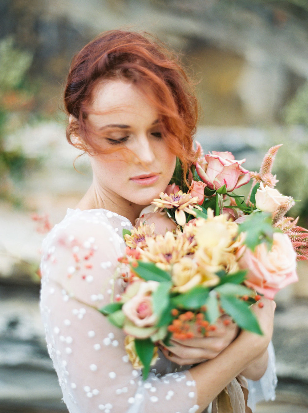 From the feature in Magnolia Rouge - Inspired by moody light, colours and textures of the Sydney coastline, this shoot styled by Sydney wedding stylist SANDRA CHAU served as the perfect prelude to the beauty of the coming winter. TRILLE FLORAL created a stunning bouquet and installation that bought the rock formations to life and one of my new favourite stationery designers, MISHKU STUDIO, put together a beautifully subtle and organic paper suite. Sandra tells us,