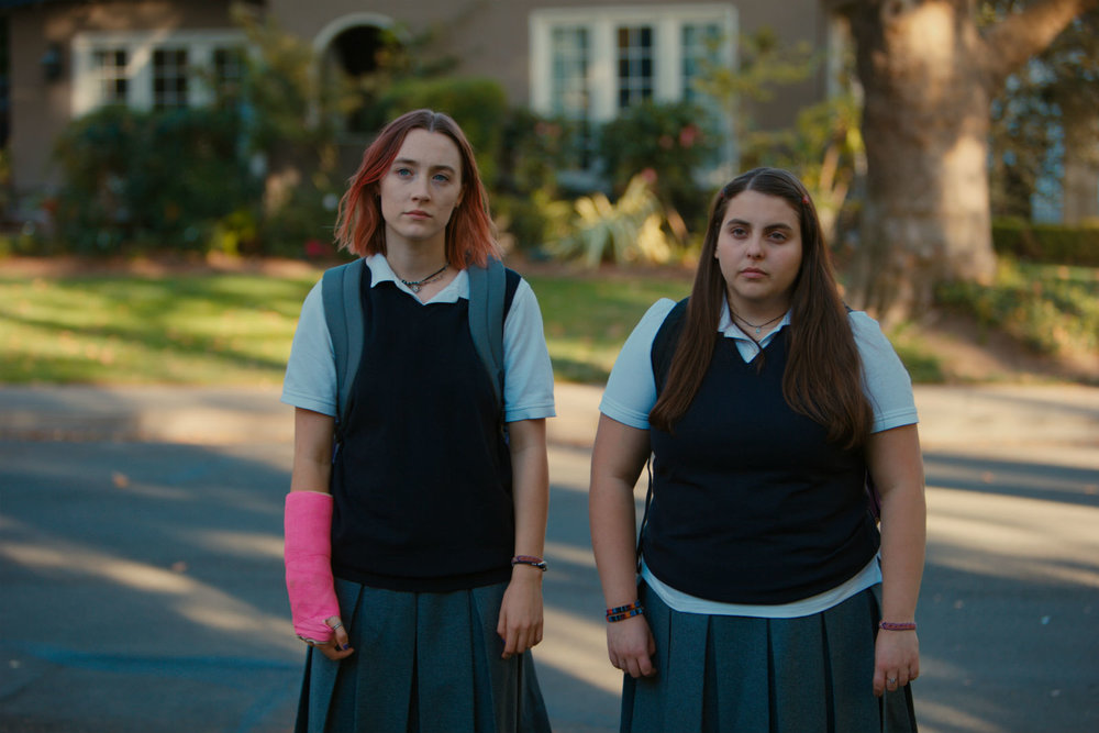 Saoirse Ronan and Beanie Feldstein in Lady Bird
