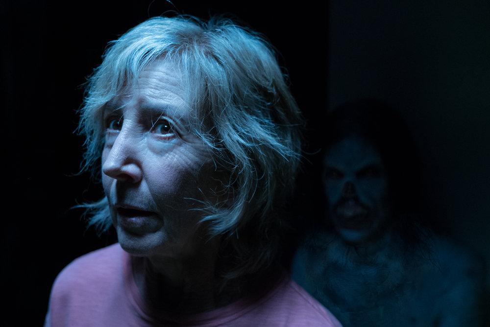 Lin Shaye as Elise Rainier. Not exactly brimming with ghost-busting confidence.