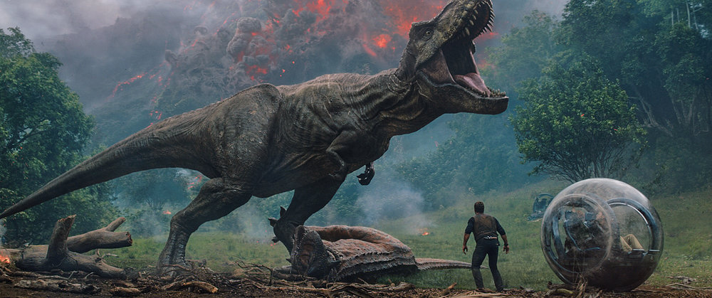 Chris Pratt convinces a pal to move someplace less volcanic in Jurassic World: Fallen Kingdon