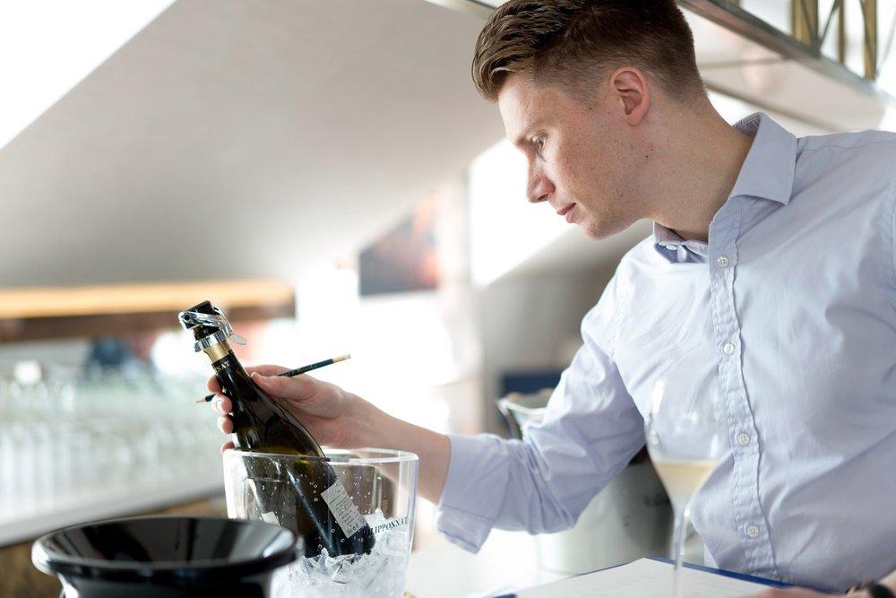 Event-Photographer-London-Champagne-Tasting-14.jpg