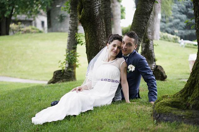 Con Chiara & Christian all'Idea Village, congratulazioni a questi bellissimi sposi!  Wedding Planner: @raffaellamaggio Location:  @rossofoodandmore To see more: www.farinellifoto.it . . . . #italianwedding #oggisposi #fotografomatrimonio #matrimonio #ideavillage #milanwedding #bride