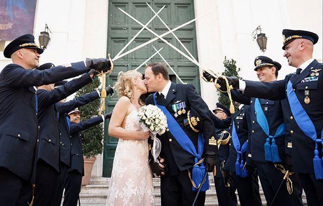 Oggi sono a lavoro nella bellissima chiesa di Santo Spirito in Sassia, a due passi dal Vaticano. Congratulazioni ad Alessandro & Loredana! #justmarried #italianwedding #oggisposi #weddingrome #matrimonio #fotografomatrimonioroma #destinationwedding #brides #weddingphotography