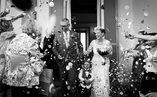 Congratulations to Cristina & Fabrizio on their most special day!  See more at www.farinellifoto.it . . . . . . #heyweddinglady #socalweddings #brideandgroom #weddinginspiration #weddingideas #luxurywedding #weddingphotography #weddinginspo #weddingplanner #weddingday #brides #love #ido #weddingphotographer #weddingdetails #instagood #bride #instalove#instalike #instabride #italianwedding #realwedding #fotografomatrimonio #matrimoniomilano  #tuscanywedding #bridalportrait #loveandwildhearts #Итальянскаясвадьба #sposa