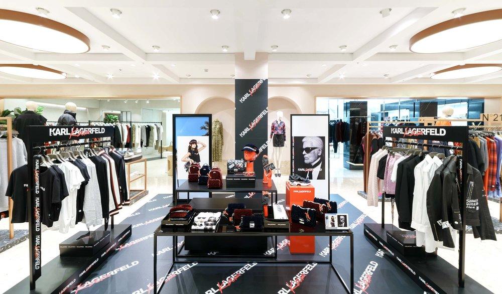 01 Pop us store at La Rinascente - Karl Lagerfeld