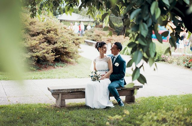 A shot from a summer wedding at @rossofoodandmore, Milan. Wedding Planner: @raffaellamaggio See more at www.farinellifoto.it . . . . . . . #heyweddinglady #socalweddings #brideandgroom #weddinginspiration #weddingideas #luxurywedding #weddingphotography #weddinginspo #weddingplanner #weddingday #brides #love #ido #weddingphotographer #weddingdetails #instagood #bride #instalove#instalike #instabride #ideavillage #italianwedding #realwedding #fotografomatrimonio #oggisposi  #tuscanywedding #bridalportrait #loveandwildhearts #Итальянскаясвадьба #sposa