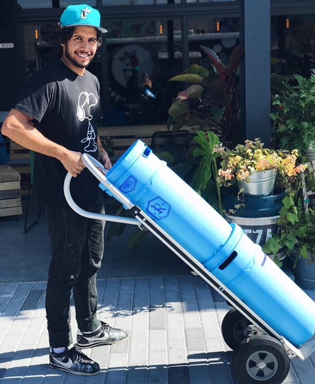 Everyone's favorite delivery dude! @carlosamericano_ making his runs dropping off fresh cold brew kegs at local spots. DM us for details on how to bring some cold brew life to your spot. #BoxColdBrew 👌
