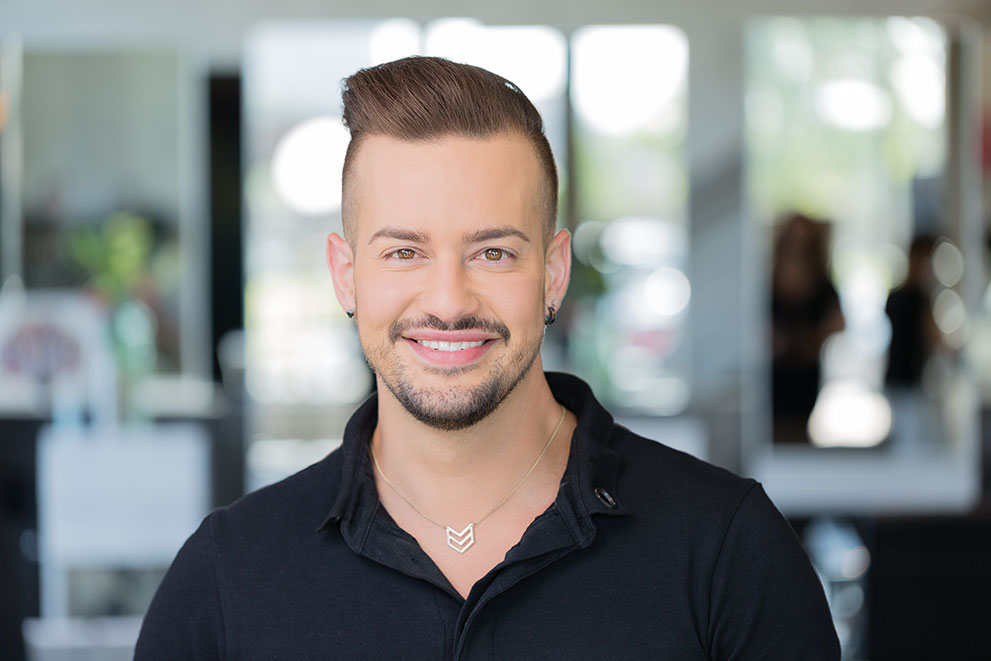 <p><strong>Kevin Walsh</strong>Master • Dallas<a href=https://tangerinesalon.net/kevin-walsh>Learn More →</a></p>