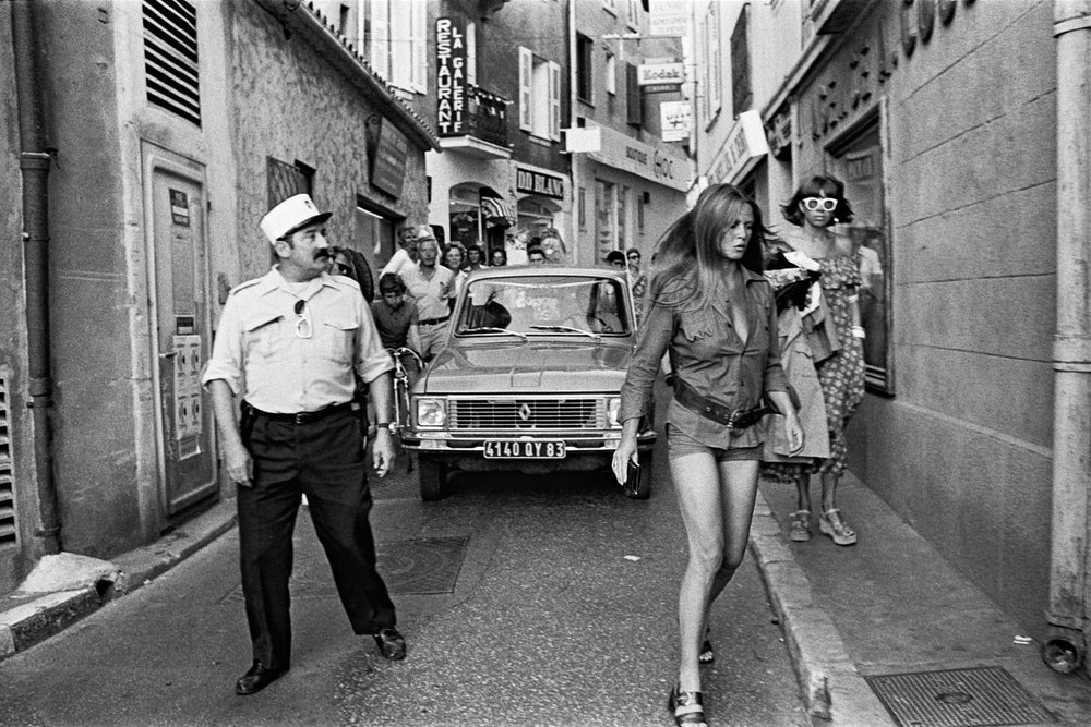 Brigitte Bardot in Saint Tropez, 1975. (Photo: Daniel Angeli)