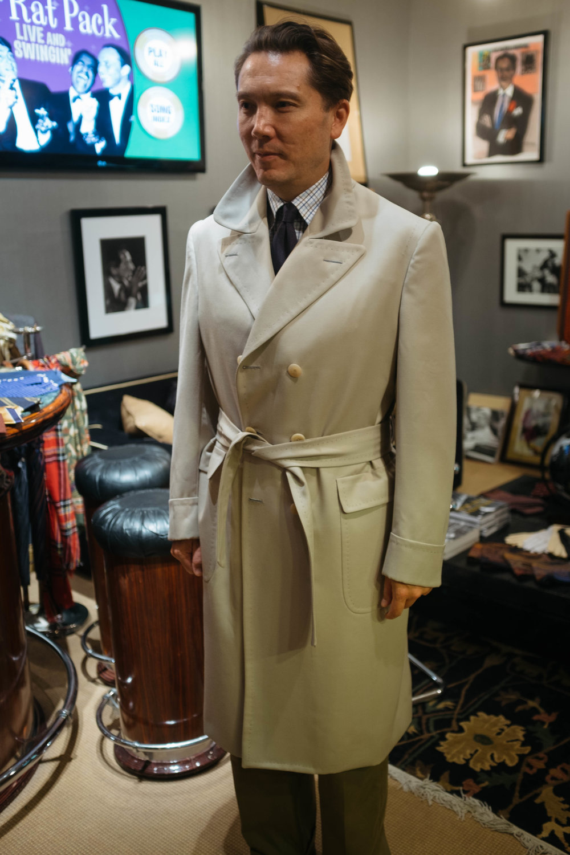 The Alan Flusser Custom Hollywood Coat in 13oz wool twill.