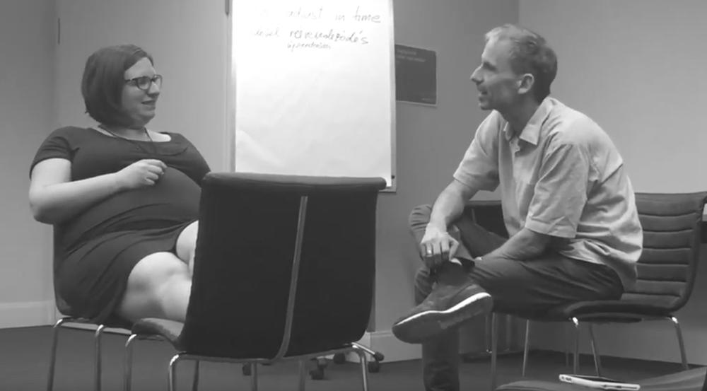 Ügyfel beszélgetés:és erre van 5 perc - 5 perces részlet (2017 június, Budapest)