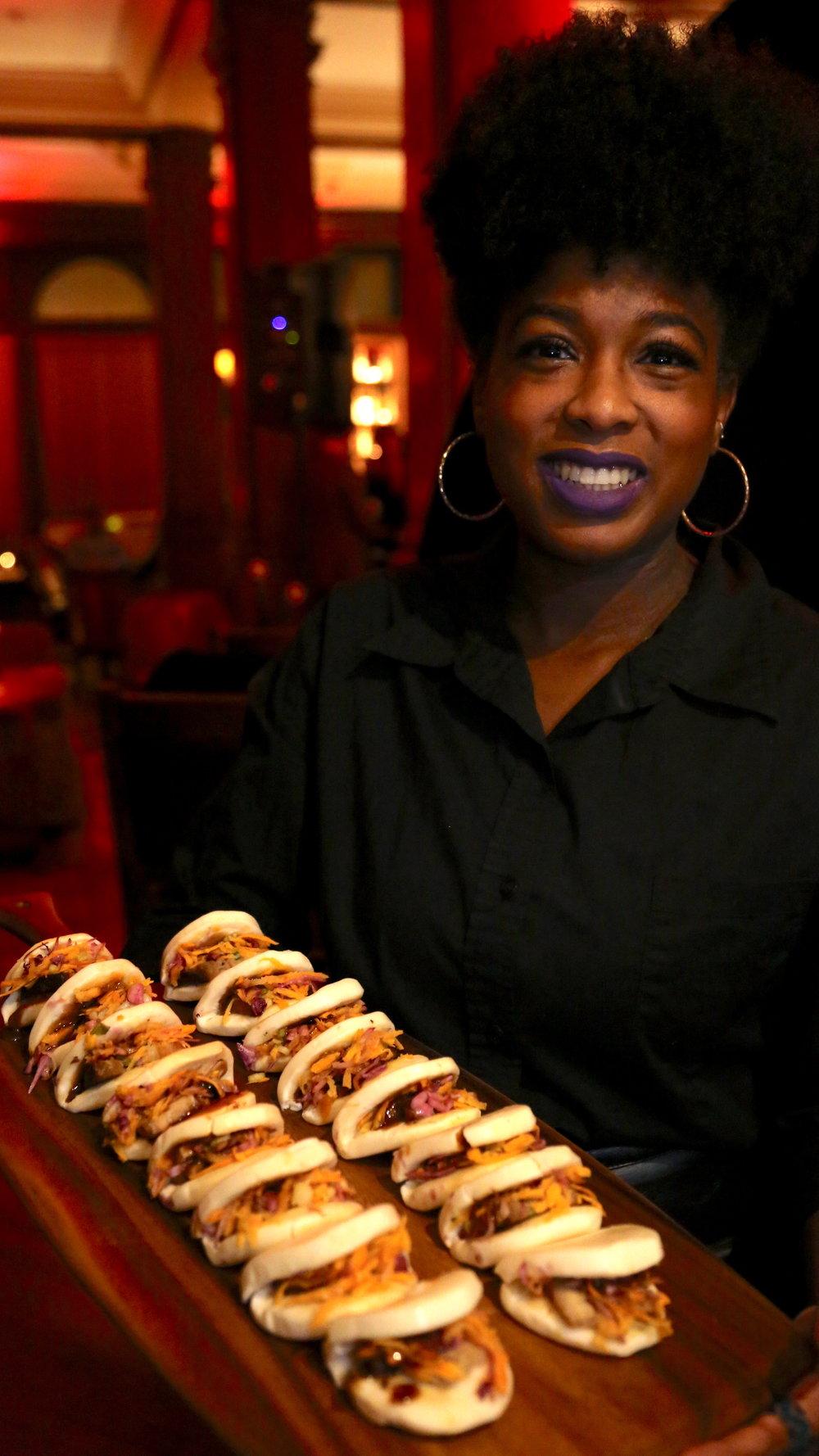 pork buns and server.JPG