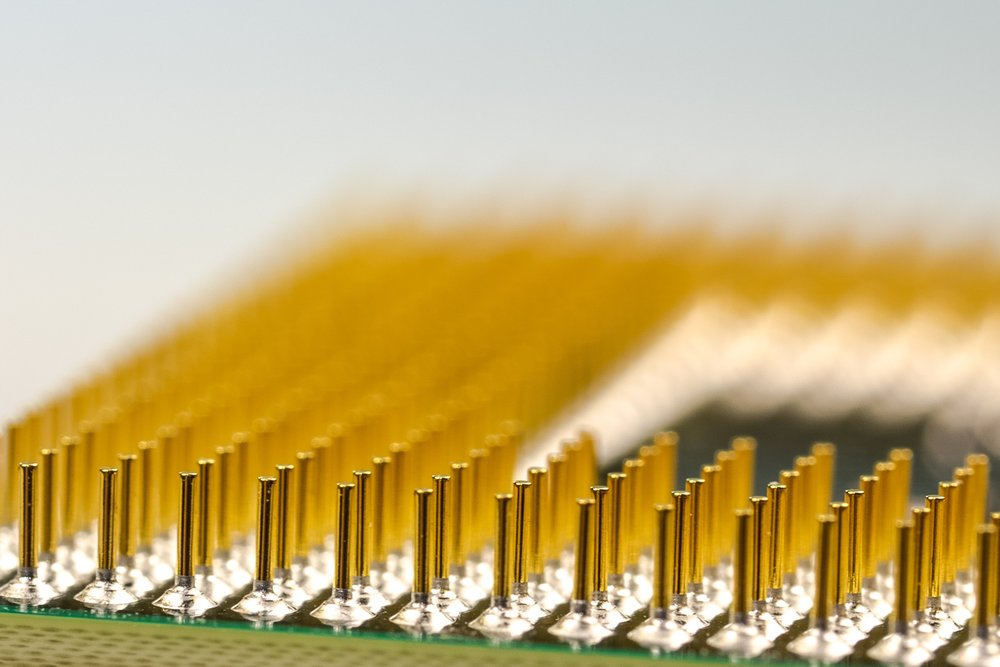 pins-cpu-processor-macro-40848.jpeg