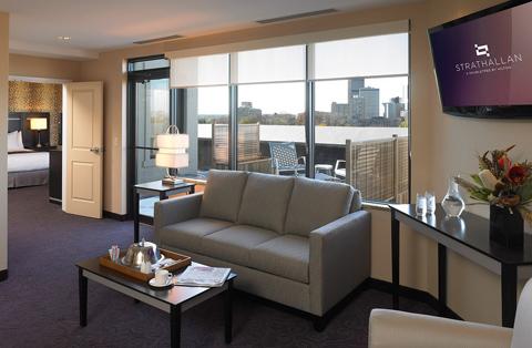 suite-livingarea-strath.jpg