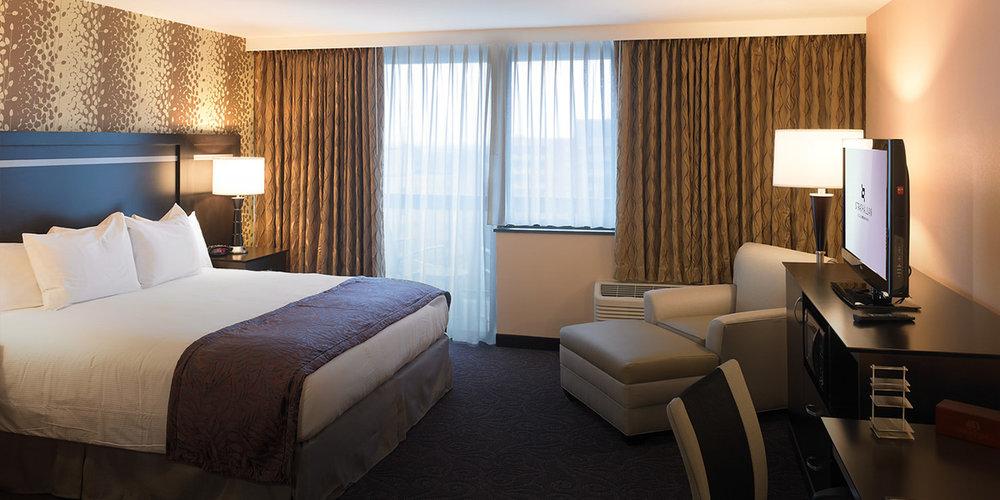 guestroom-strath.jpg