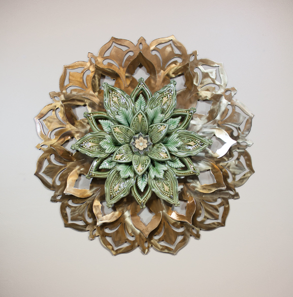 "26"" Golden Stainless Steel with 16"" Green Porcelain Flower"