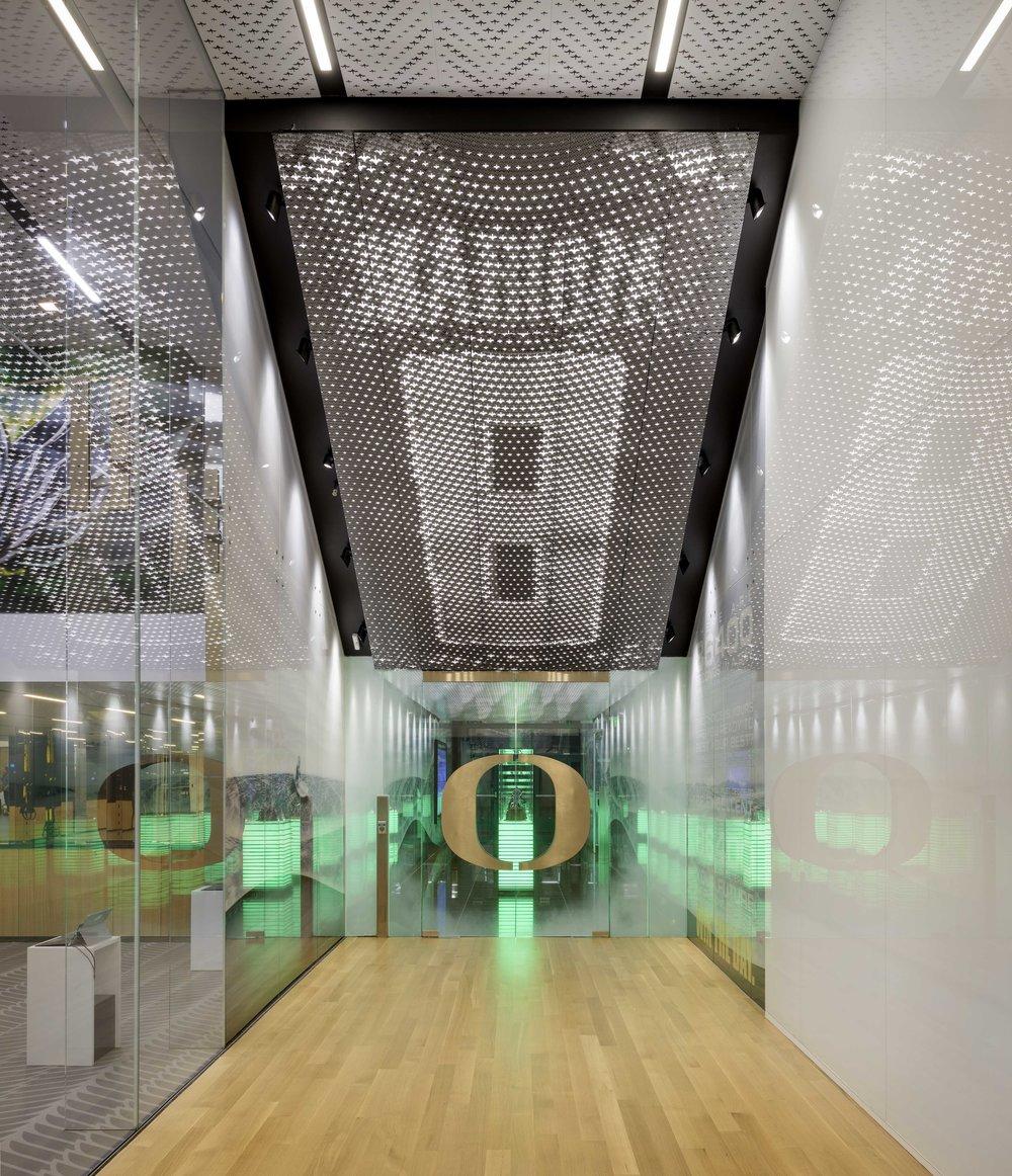 Marcus Mariota Center