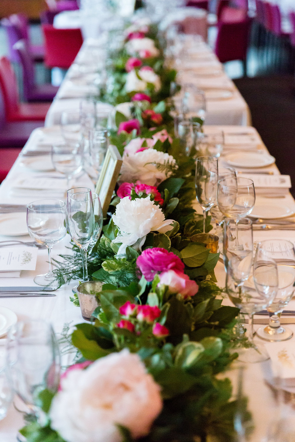 Flower garland table design