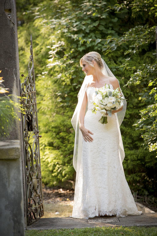 Caramoor bridal bouquet
