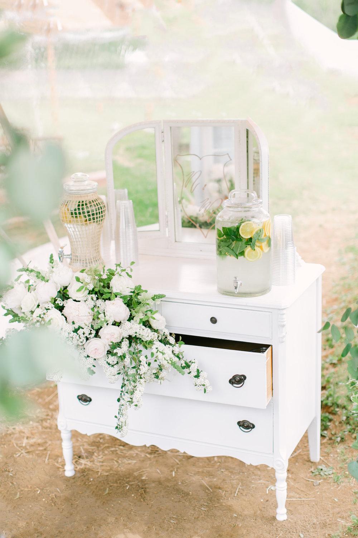 love&lightphotographs_nicole&mike_wedding_preview-66.jpg