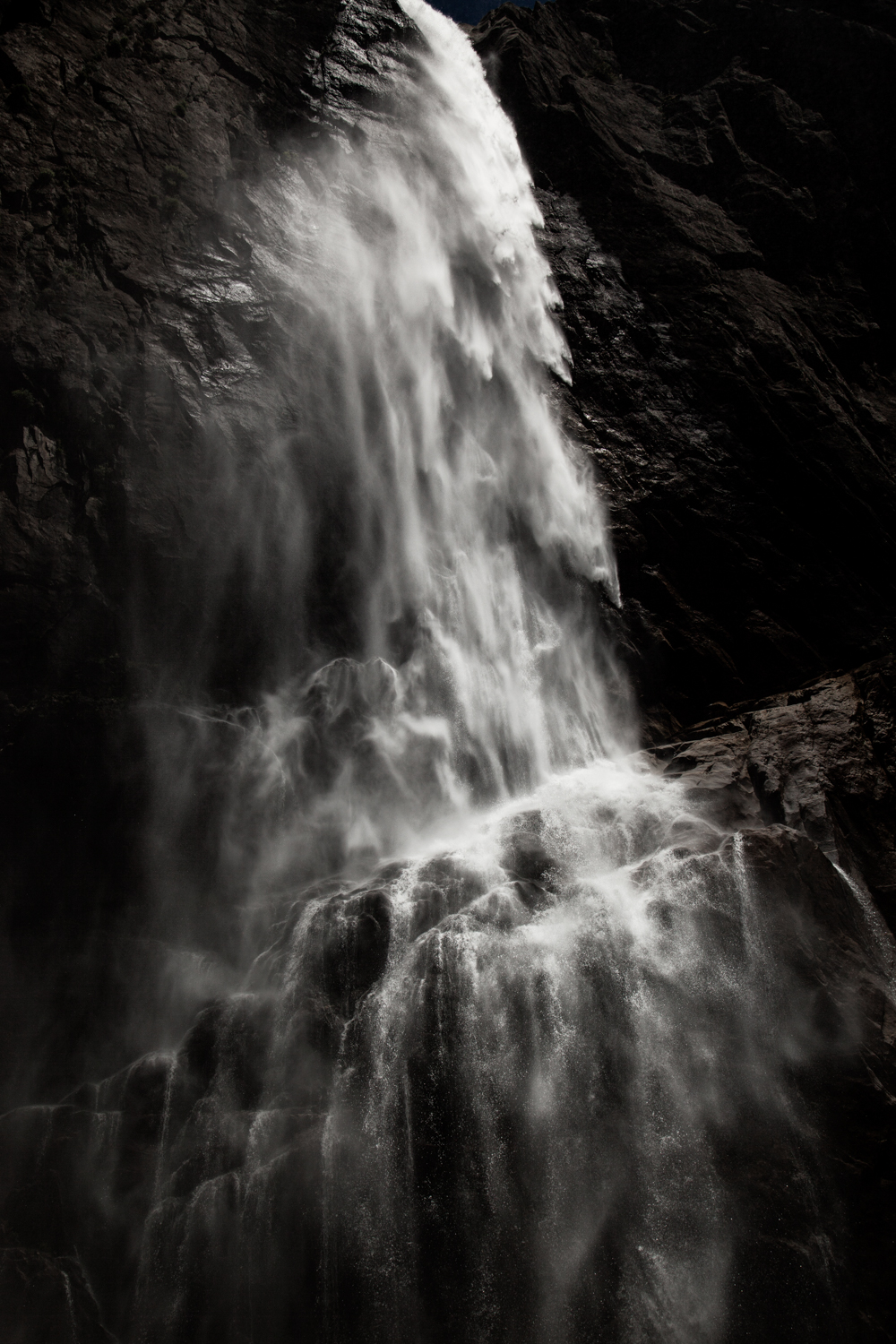 Waterfall_Yosemite_tall-62.jpg