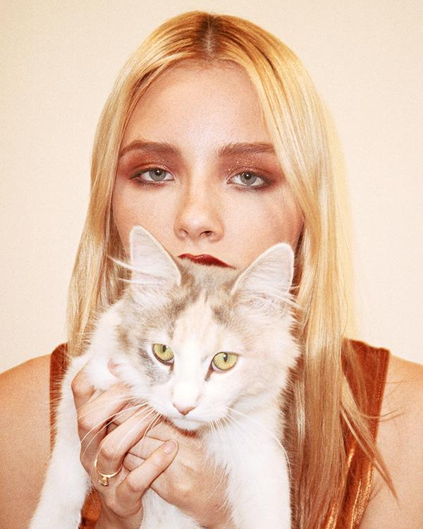 Brooke_Kitty-web.jpg