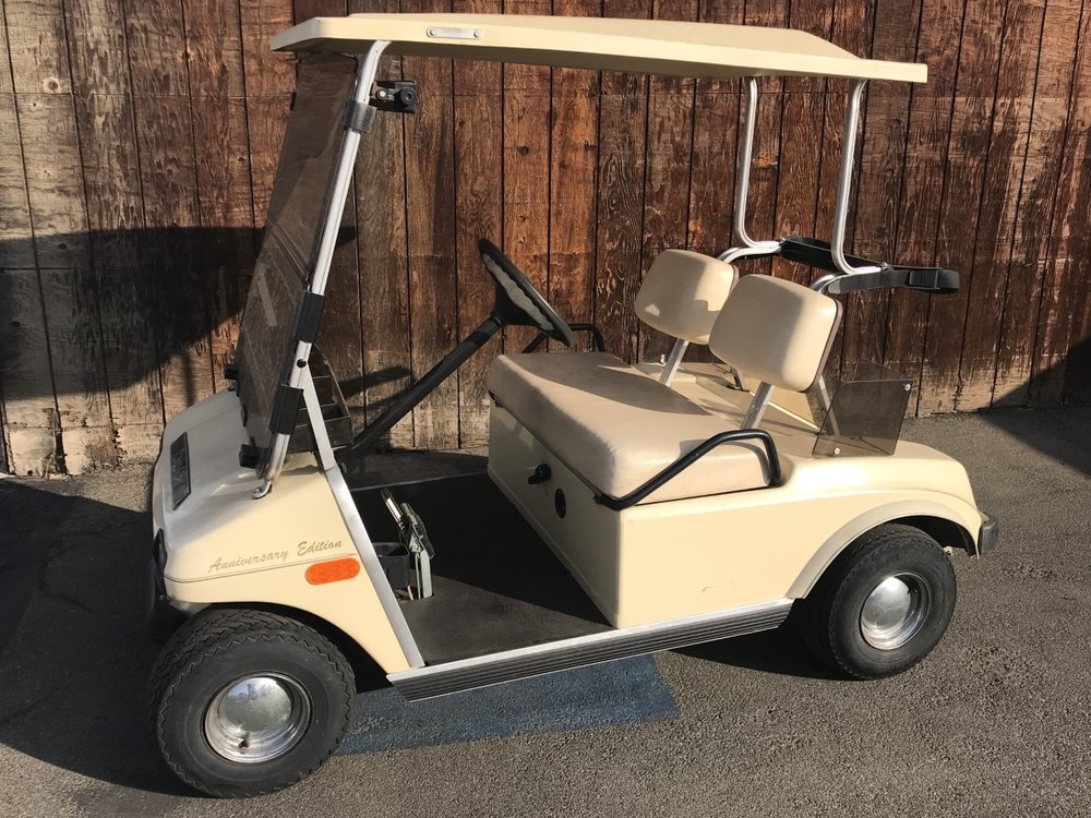 Creme Club Car DS