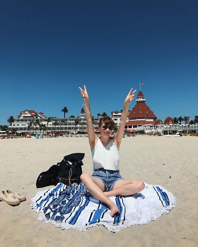 HI I STILL LOVE CALIFORNIA THATS ALL