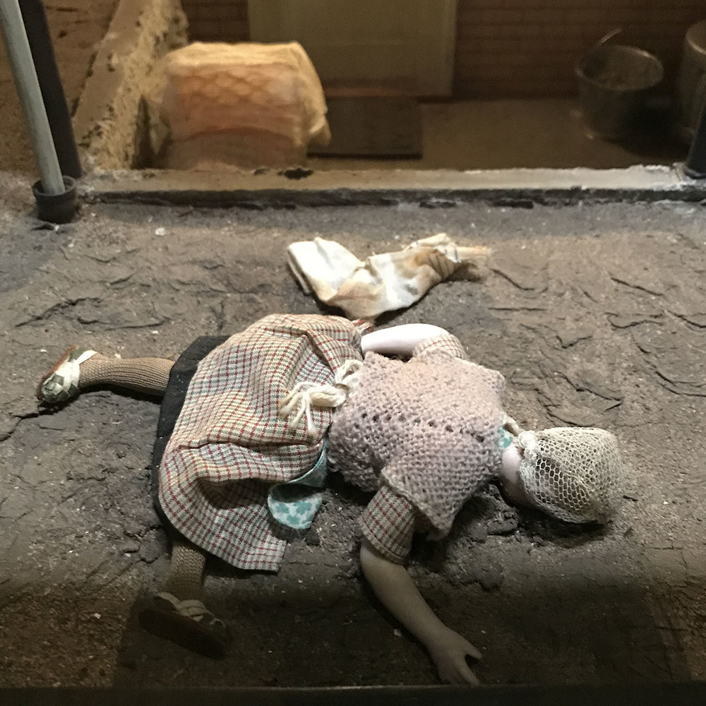 murder is her hobby knit shawl.jpg