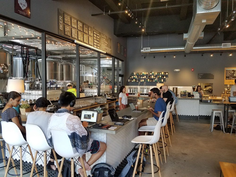 Longfellows - By day it's your friendly neighborhood coffee shop, but at night...it's Lamplighter Brewery! *Dun dun dunnn*(Claude G, Yelp)
