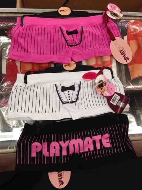 Plbl196_tuxedo_shorts.336132250_std.jpg