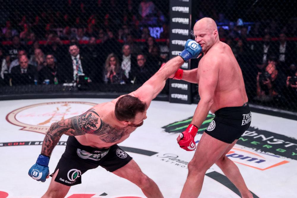 Ryan Bader    def.    Fedor Emelianenko    KO (punches)