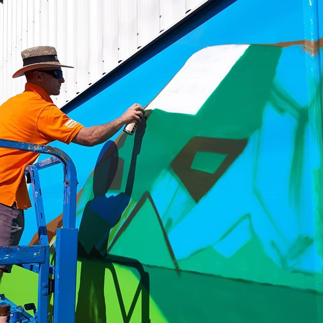 If you haven't already, come down to Farmlands Mossburn at 12 Bath Street and see Mauricio's work in progress.  #heartofthecommunitynz #mauriciobenega #farmlands #mossburn #nz #nzartist #streetart #mural #instaart #instaartist