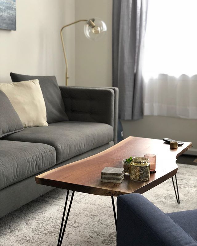 Still so happy with our latest live edge coffee table for my brother and sister in law. • #jonmartinwoodworking #jmwoodworking #liveedge #liveedgecoffeetable #coffeetable #woodworking #woodwoker #carpenter #minimalism #livingroom