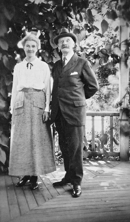 642 Battery Street - Caroline and Charles Nairne standing on the veranda probably c.1894