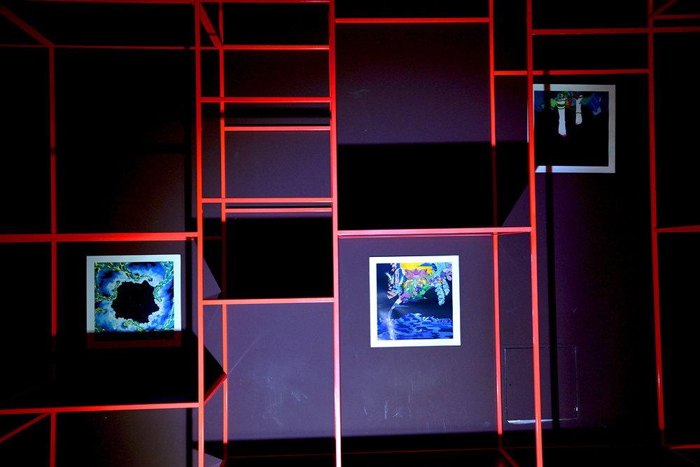 特别项目展览李岚的三幅作品《繁星点点》、《划破天际》、《游梦者》,绿原城堡