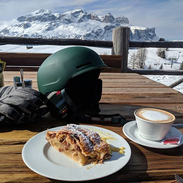 South Tyrol breakfast, apple strudel and cappuccino. Skiing food. #southtyrol #skiing  #breakfast #food #travel #italy #coffee #dolomites